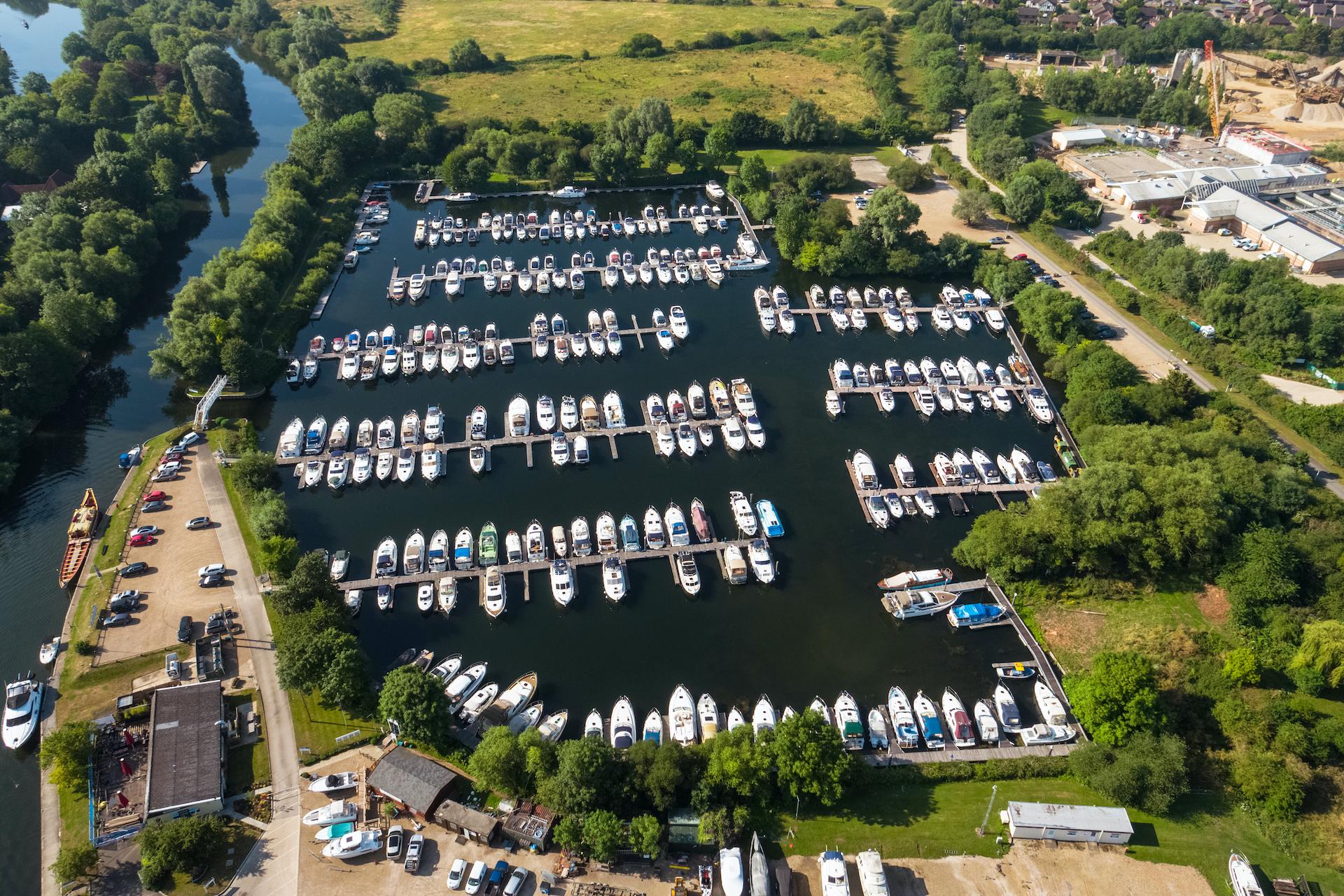 Bray Marina, Berkshire